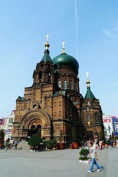 圣索菲亚教堂-哈尔滨防洪纪念塔,圣索菲亚教堂,街景